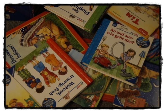 childrens-books-684473_640